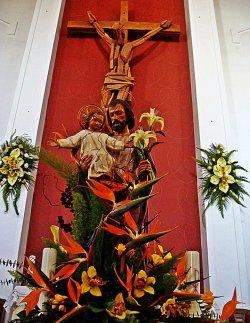 raspelo u crkvi sv. josipa u dugom ratu