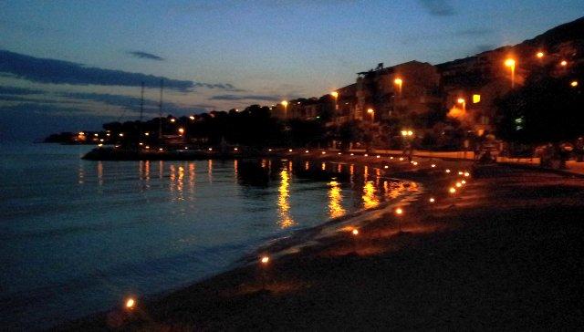 baklje svetog ivana na dugoratskoj plaži