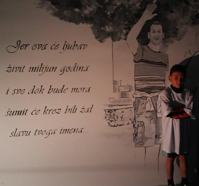 Talajin mural u Dugom Ratu