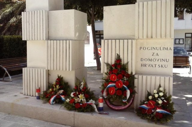 spomenik u dugom ratu