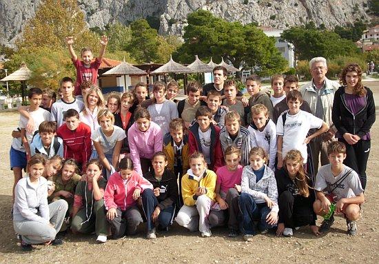 Učenici OŠ Jesenice na međuškolskom jesenskom krosu u Omišu