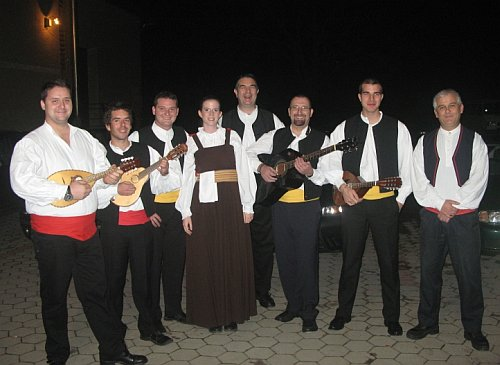mandolinsko-tamburaški orkestar KUD Dalmacija Dugi Rat