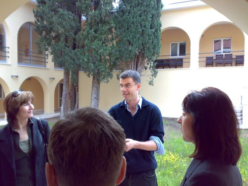 Dr. Žagrović i ibvši studenti FESB-a u MEDILS-u