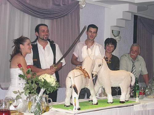 Rebornovci na bajkerskom vjenčanju
