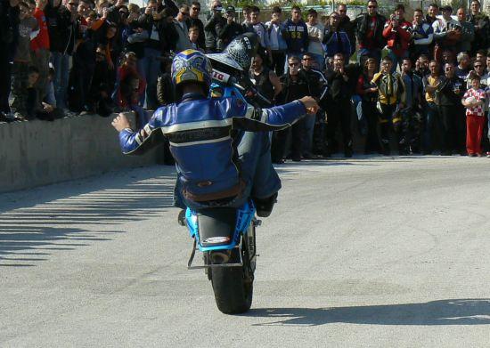 Peti Reborn moto susret u Dugom Ratu, Paky show