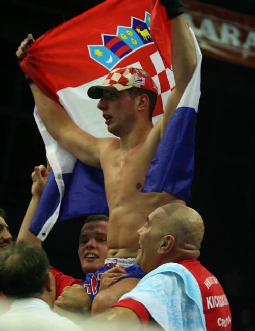 Tomislav Čikotić - svjetski juniorski low kick prvak!