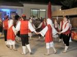 Večer folklora ispred Caspera u Dućama