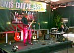Petar Čulić na električnoj gitari