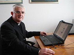 biskup Mate Uzinić