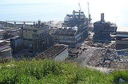 Rušenje tvornice Dalmacija u Dugom Ratu