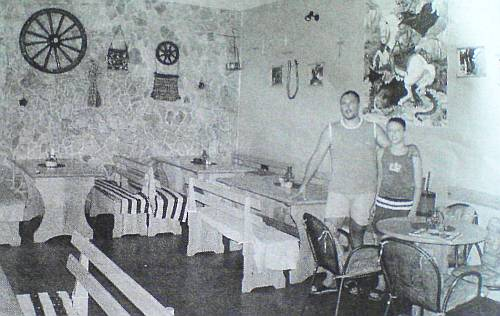 Nenad Malenica iz Ostrvice sa sinom Petrom u svom agrodomaćinstvu