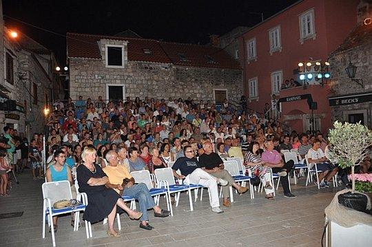 Izborne večeri muških i ženskih klapa Omiškog festivala klapa