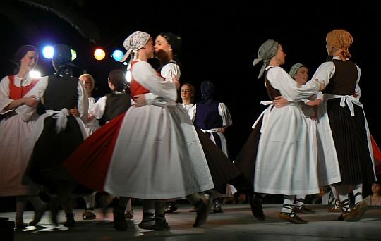 Večer folklora i pučkih napjeva u Gatima