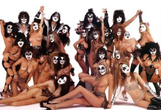 Kiss groupies