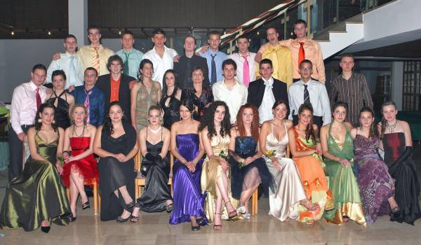 Maturanti 2007 OŠ Jure Kaštelan Omiš - razred 4.b