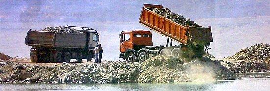 Nasipavanje obale otpadom