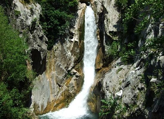 zadvarje, slapovi Gubavica